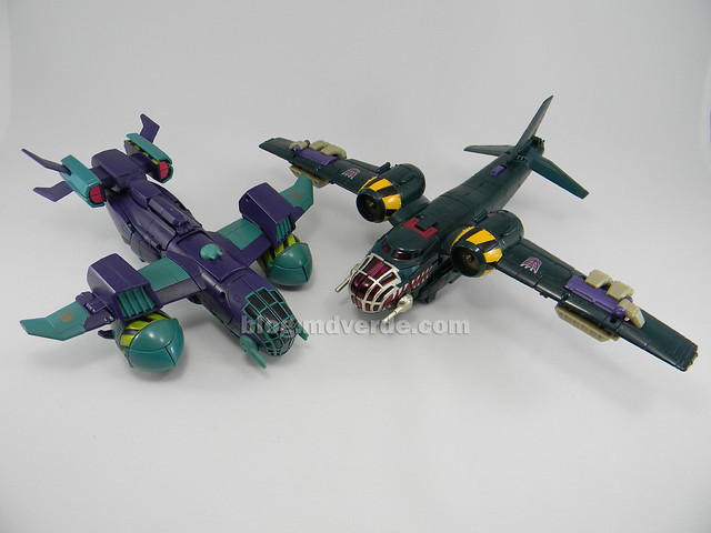Transformers Lugnut United Voyager - modo alterno vs Animated