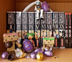 To collect Easter eggs it's good, to eat them it is better!  (Damien Saint-) Tags: toy japanese amazon von vinyl pepsi fireball yotsuba flgel danbo drossel calbee amazoncojp revoltech danboard figma