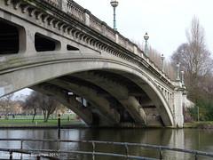 Reading Bridge (karenblakeman) Tags: bridge reading readingbridge uk2011