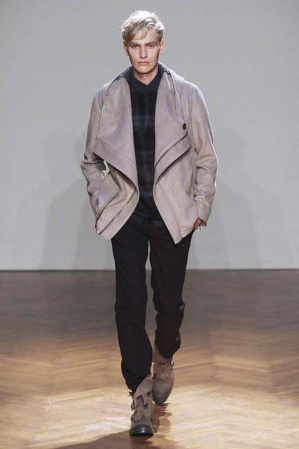 FW11_Milan_Albino Deuxieme007_Gerhard Freidl(Simply Male Models)