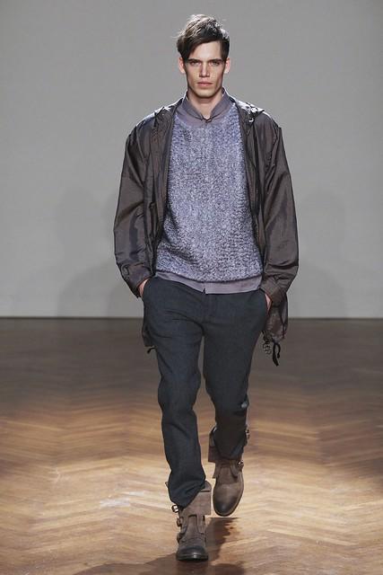 FW11_Milan_Albino Deuxieme002_Mark Cox(Simply Male Models)