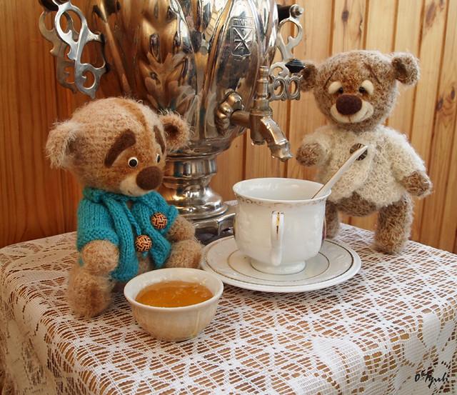Two bears.