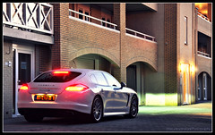 Porsche Panamera 4S (Thomas van Rooij) Tags: lighting nightphotography light white colour cars netherlands car night port marina dark photography lights nikon colours darkness thomas tripod nederland zeeland automotive porsche nikkor 4s nachtfotografie 18105 d90 panamera scharendijke nachtfoto zlande rooij thomasvanrooij
