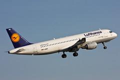 Lufthansa - D-AIQD - A320-211