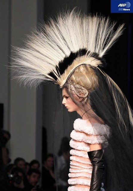 Andrej Pejic3131_Jean Paul Gaultier Couture(AFP BBNews)