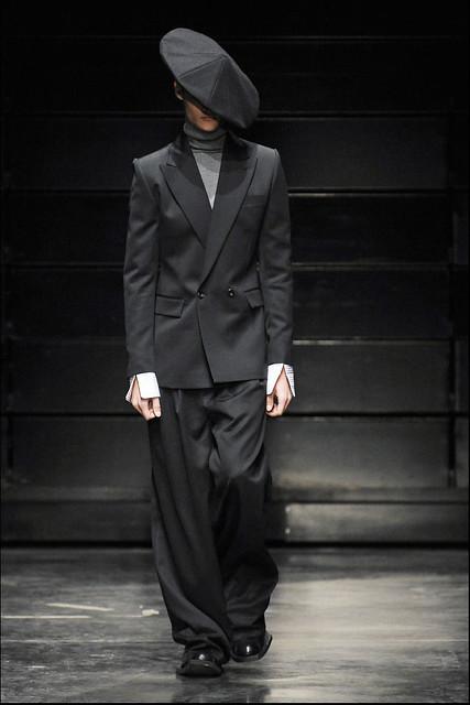 Paul Boche3192_FW11_Paris_Juun J(Simply Male Models)