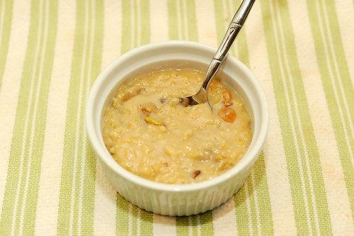 coconut milk rice pudding with piscachios