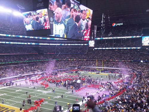 NFL and Super Bowl XLV Score With Social Media