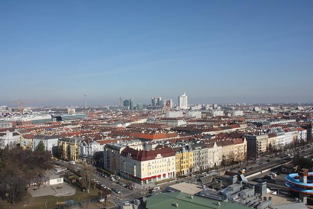 Blick richtung UNO City, Alte Donau Donauturm