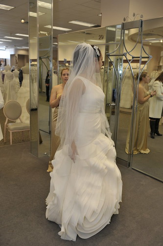 vera wang wedding dress bride wars auto design tech