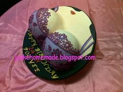 Sassy boob cake (Jcakehomemade) Tags: naughtycake boobcake bracake jcakehomemade sexyboobcake sassyboobcake pohyeesbirthdaycake