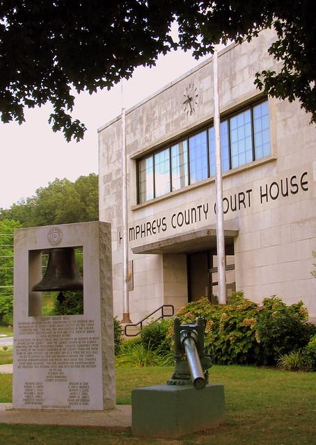 Humphreys County Courthouse D - Waverly, TN