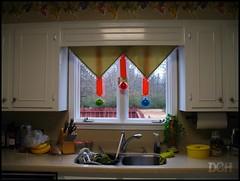 Christmas Kitchen (suavehouse113) Tags: philscamera savannah tennessee usa christmasdecorations kitchen sink inthekitchen window cabinets decor ornaments christmasornaments countertop