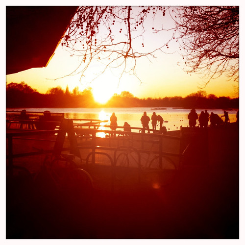 <span>londra</span>Hyde Park<br><br>Ma che tramonto!<p class='tag'>tag:<br/>luoghi | londra | </p>
