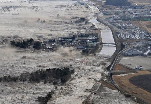 华盛顿邮报:中国搁置争议援助日本抗震救灾