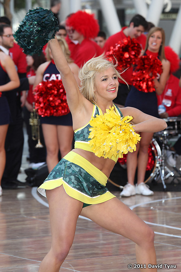 Oregon Cheer 014