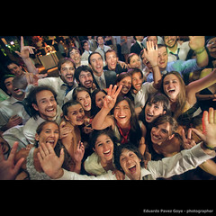 crazy wedding - I (Profeta/Paranoia) Tags: wedding 2 party portrait canon fiesta mark retrato flash portrt ii 5d 28 usm blitz f28 550ex mk 28l markii 1735mm mark2 1735 f28l 5dmarkii 5d2 5dmkii 5dmk2 5dmark2