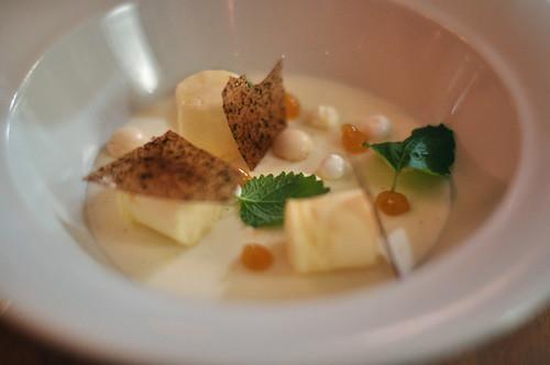 Citronfromage med marengs og parfait af hvid chokolade