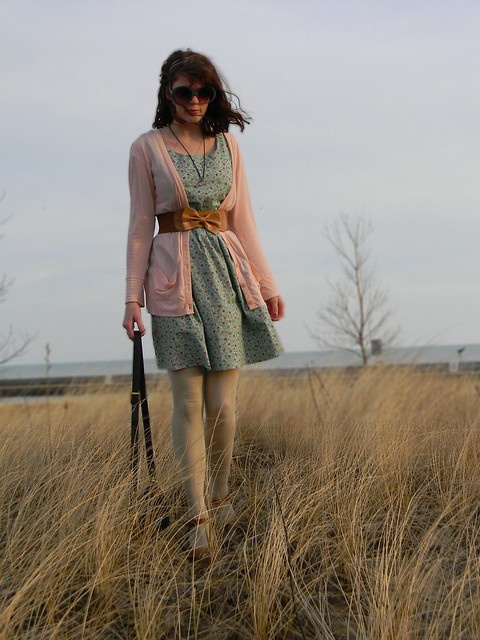 katie dahl beautifully pure beach homemade dress chic vintage red exposed zipper modest fashion personal style blog