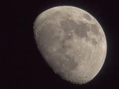 Markethill Mid March Moon (explored) (Alan10eden) Tags: moon march spring crater northernireland orbit markethill perigee