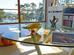 World Esny (Leifskandsen) Tags: camera leica art sunshine norway table living casa view room indoor smoking blanca fjord scandinavia oslofjorden leifskandsen skandsenimages ilobsterit
