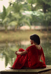 puja   2016 (shanvc42) Tags: puja red sari 70d canon canonasia 85mm iso100