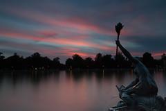Puesta de sol [ El Retiro ] (irenegf) Tags: puestadesol sunset elretiro madrid espaa estanque agua nd18 gnd09 haidafilters filtroshaida largaexposicin