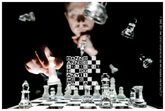 GREETING CARD 2011 (Cortez77_fr same nickname on Ipernity) Tags: light selfportrait man black me glass focus king dof chess card greeting happynewyear bonneannee 2011 felizanonuevo