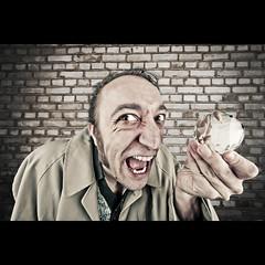 389/730: Diamond geezer (Mr. Flibble) Tags: man idiot mac crystal fake diamond scam gem dodgy sordid geezer trader mackintosh gemstone 730 flibble idrinkleadpaint
