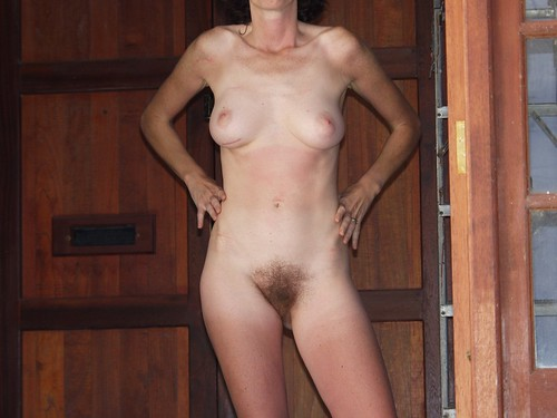 extra hairy mature pussy thumb pics: hairypussy, outdoors, hairy, pussy