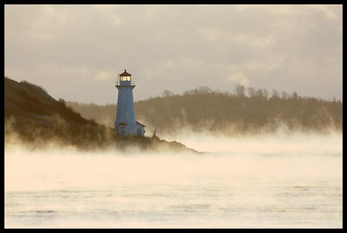 Sea Smoke Around George's Island by Iguanasan