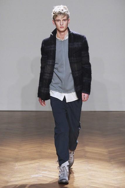 FW11_Milan_Albino Deuxieme004_Alexander Johansson(Simply Male Models)