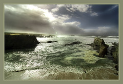 IMG_2897 Praia dos buizinhos (jaro-es) Tags: sol beach portugal nature mar meer niceshot playa natura sonne portuguesa doubleniceshot aboveandbeyondlevel1 aboveandbeyondlevel2 aboveandbeyondlevel3