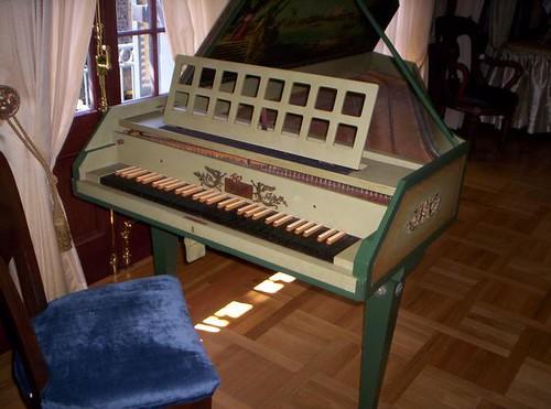 Club 33 Harpsichord