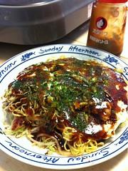 お昼ご飯は自家製広島のお好み焼きです。