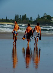 bodyboard boys... (Shutterbug 11) Tags: boys picnic australia surfers bodyboard boogyboard kingscliff beachjan