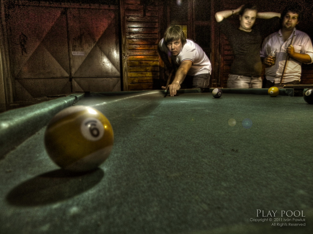 Play pool - HDR Photography