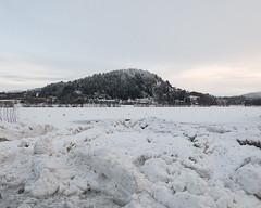 (Thorir Vidar) Tags: winter snow norway vinter no bergen hordaland snø sn sane åsane sn¿ liavannet thorir1101127993d