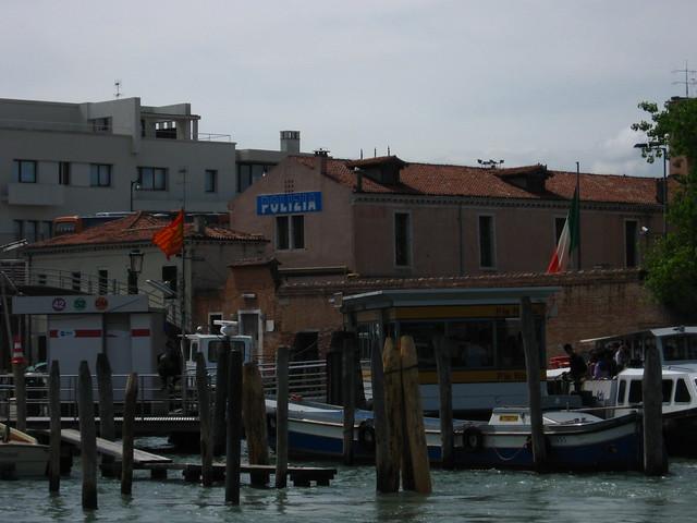 ヴェネツィアの船着き場のフリー写真素材