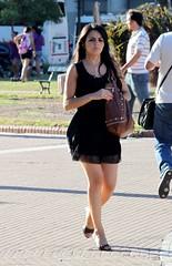 Morocha (carlos_ar2000) Tags: street woman sexy argentina girl beauty calle mujer buenosaires pretty chica gorgeous watching linda montserrat bella brunette mirada glance elegance morocha elegancia