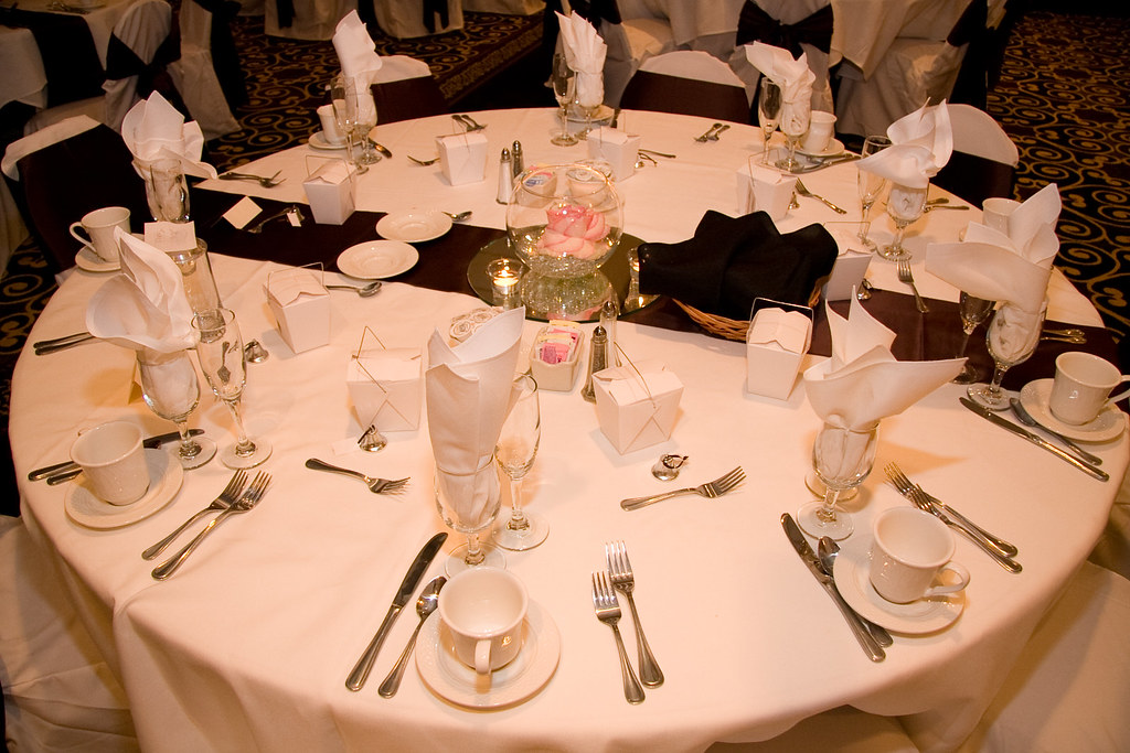 Wedding Table Setting - Brookfield Suites Hotel