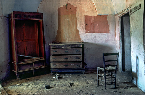 Abandoned Dammuso, Pantelleria - Copyright by Martin Liebermann