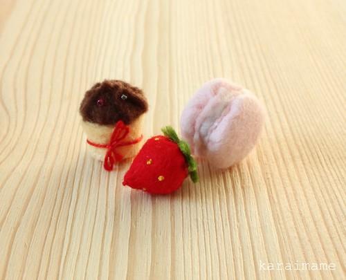 Mini felt food