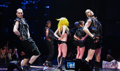 looktatyoulookatme (Gn!pGnop) Tags: toronto canada monster lady ball way this born acc little air centre monsters gaga