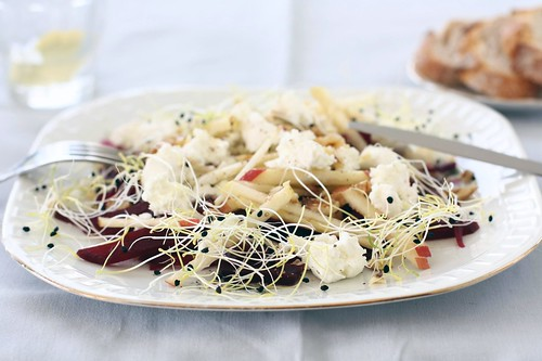 Beetroot, apple and goat's cheese salad