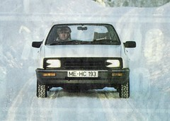 1982 pre launch development Ford Sierra (Stuart Axe) Tags: uk greatbritain classic ford car 1982 classiccar unitedkingdom spyshot 1988 sierra 80s gb mk2 1980s saloon 1990s 90s ghia hatchback gl glx fordsierra jellymould mk1 xr4i xr4 blackgrille fordsierraghia uwebahnsen