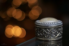 Jewelry Box (icemanphotos) Tags: old light stilllife reflection art closeup night canon silver photography 350d shiny hungary dof shine bokeh antique iceman rebelxt magyar jewel adornment jewelrybox icemanphotos