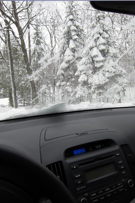 030511_snowDrive02