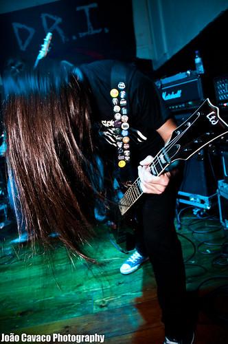 Foto-Reportagem - 2011.03.11 - D.R.I. + Simbiose + Switchtense + PHT @ Revolver - Cacilhas 5526992803_e8b1d449d4