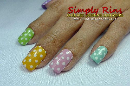 Nail Art Polka Dots For Beginners 02